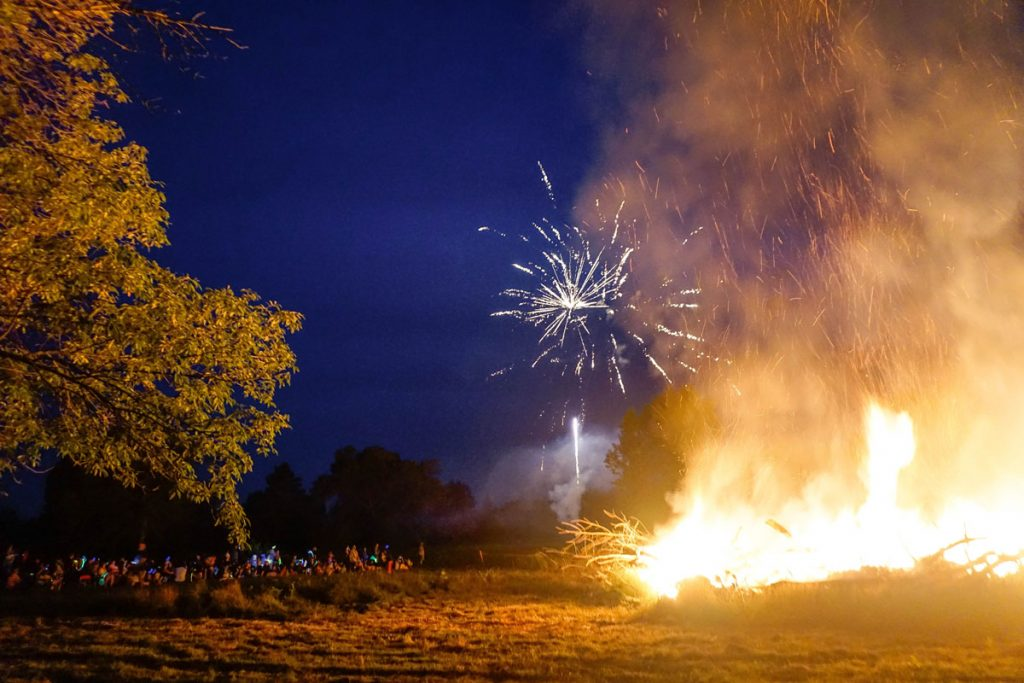 Kicking Bear Fireworks